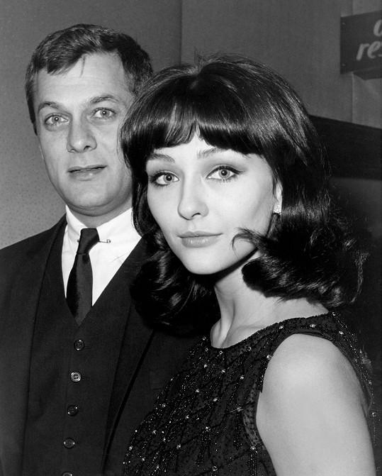 Christine Kaufmann a Tony Curtis tvořili v letech 1963 - 1968 manželský pár.