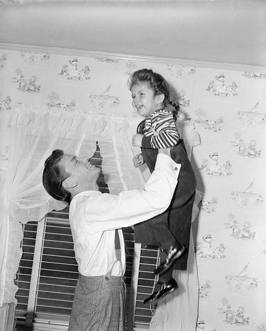 Frank Sinatra s dcerou Nancy