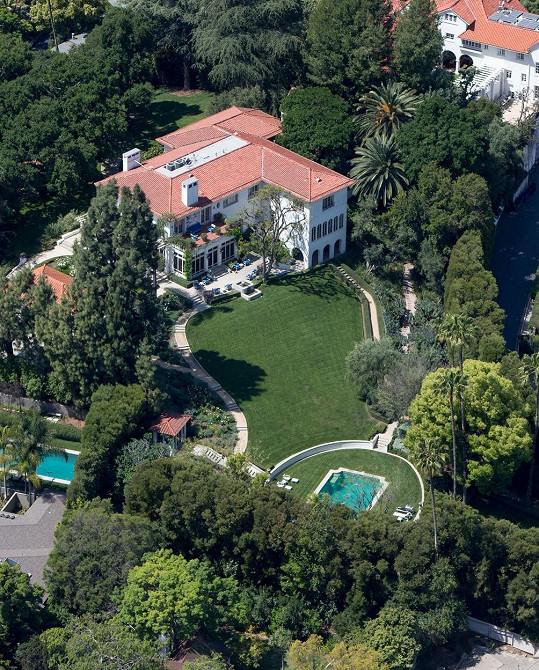 Dům herečku vyšel na 25 miliónů amerických dolarů.