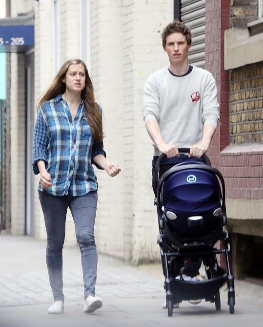 Syna Luka porodila Hannah před osmi měsíci.