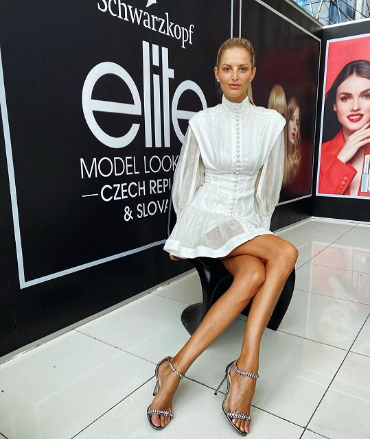 V roli ambasadorky soutěže Schwarzkopf Elite Model Look