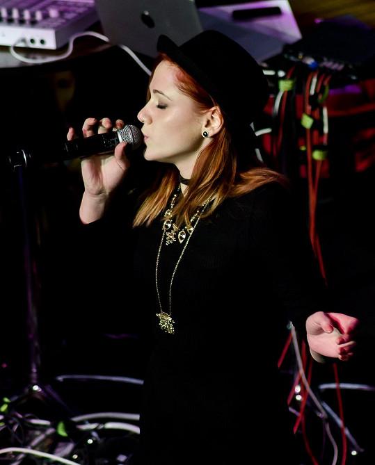 Emma Drobná se proslavila díky SuperStar, kterou v roce 2015 vyhrála.