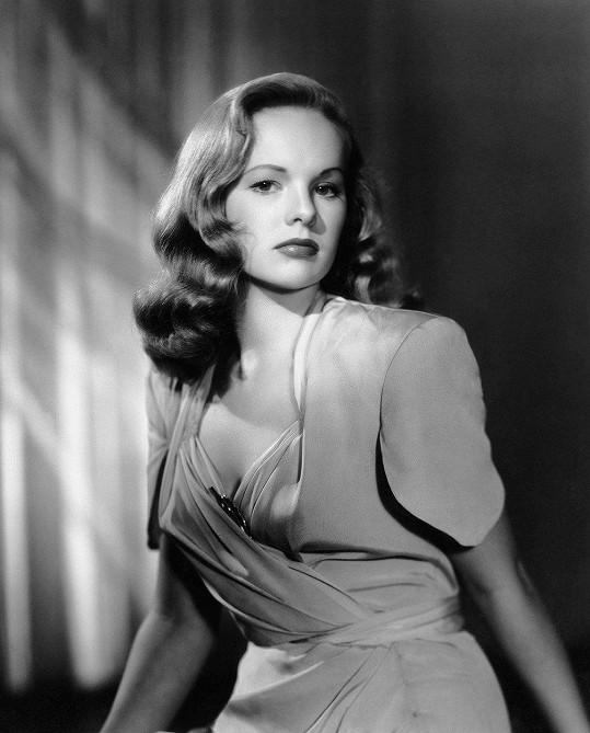 Ještě před ním natočila Dangerous Age (1949).
