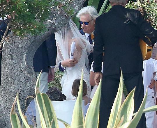 Bob Geldof si po devatenácti letech vztahu bral francouzskou herečku Jeanne Marine.