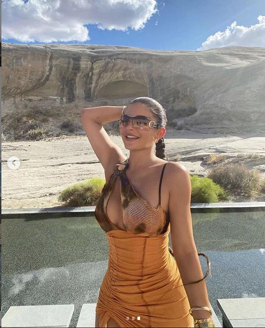 Nejmladší z klanu Kardashian/Jenner ráda odhaluje své tělo.