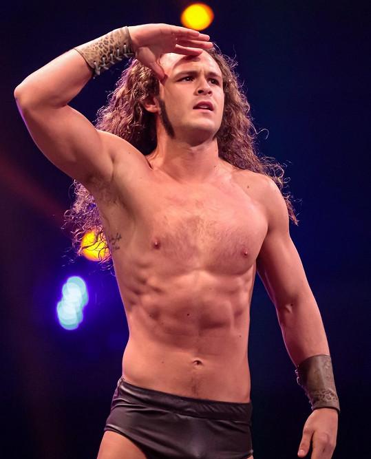 Jack se wrestlingu věnuje od roku 2015.
