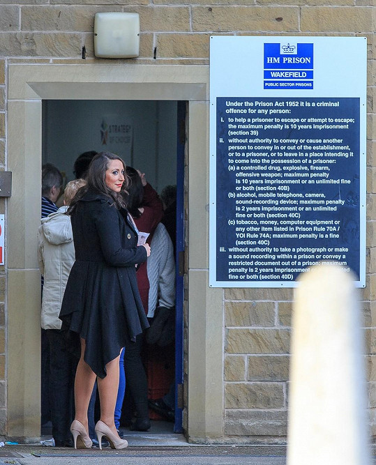 Paula se během valentýnské návštěvy ve věznici dočkala žádosti o ruku...