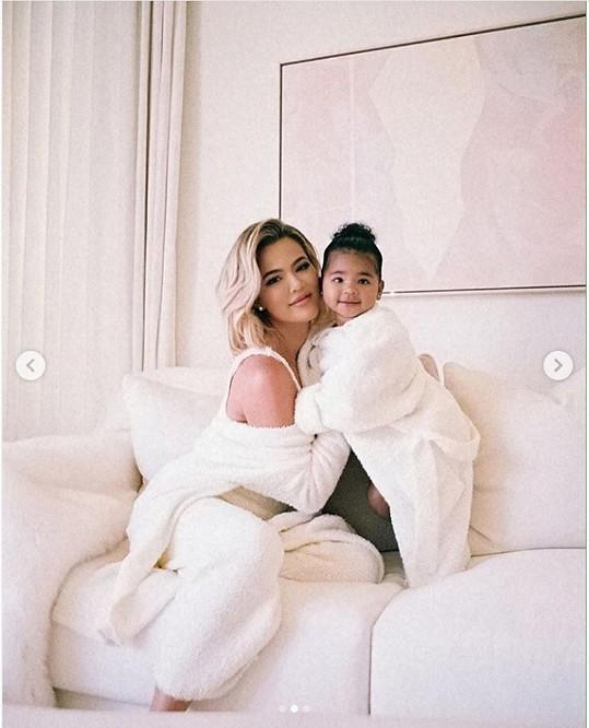 Khloé Kardashian tráví karanténu s dcerou True...