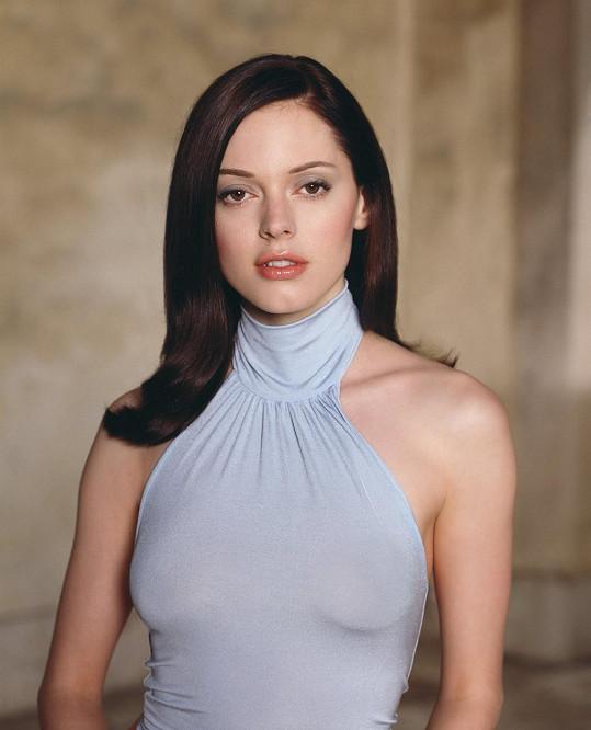Rose proslula v seriálu Čarodějky.