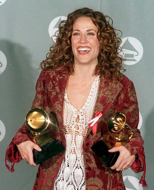 Sheryl Crow v roce 1995 na udílení cen Grammy.