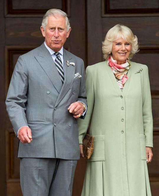 Princova žena koronavirus zatím nemá.