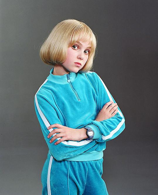 V jedenácti letech si zahrála Fialku Garderóbovou.