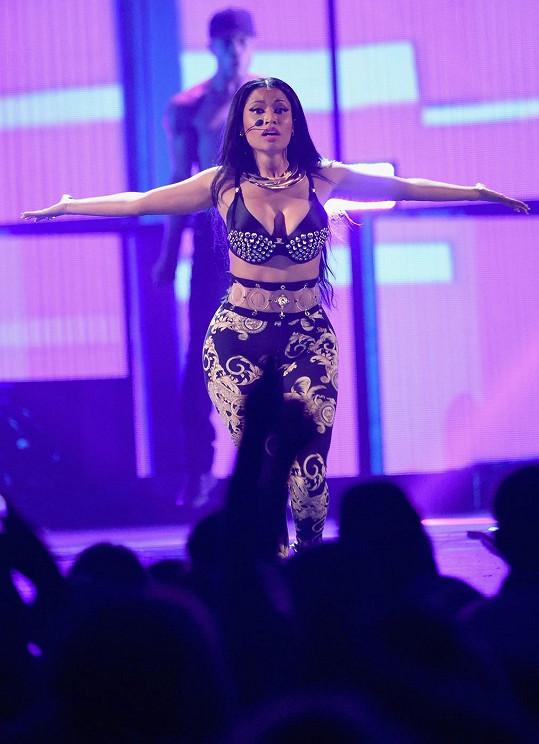 Koncerty Nicki Minaj jsou nabité erotikou.