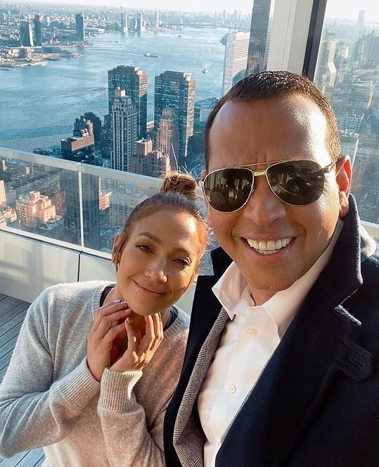 Se snoubencem Alexem Rodriguezem by rádi rozšířili rodinu.