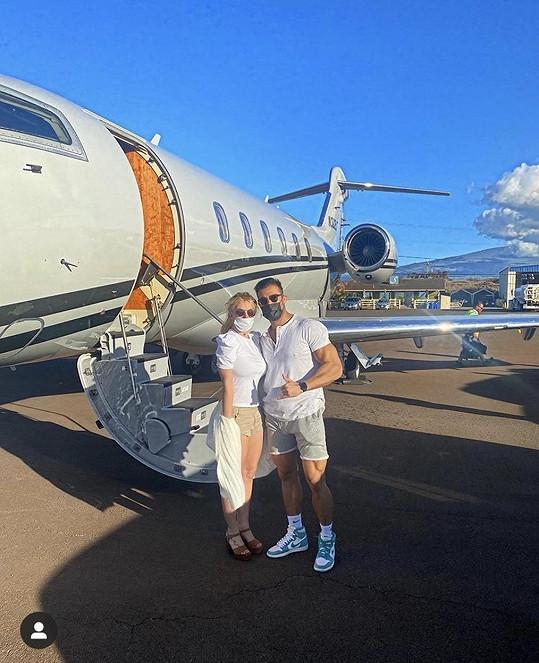 Britney nedávno strávila se Samem dovolenou na Maui.