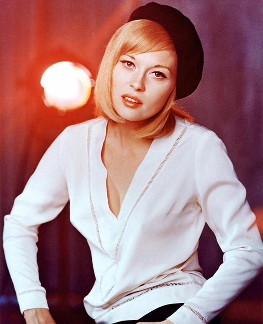 Faye jako Bonnie v roce 1967