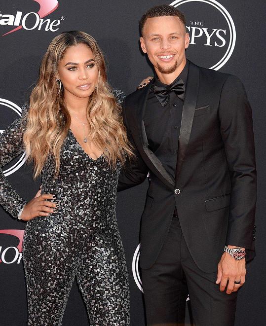 Ayesha s manželem Stephenem Currym