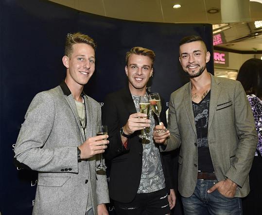 Zleva třetí Daniel Ungermann, druhý Tomáš Kislinger a vítěz Gaye roku Jiří Korytář