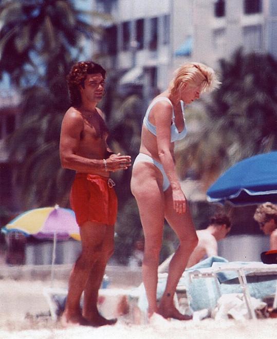 Antonio Banderas s Melanií Griffith na snímku z roku 1995
