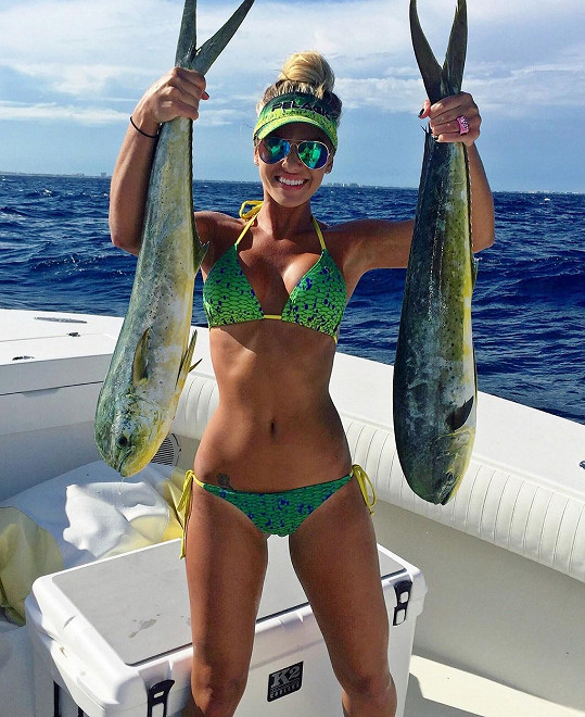 O Michelle Clavette se hovoří jako o nejkrásnější rybářce...