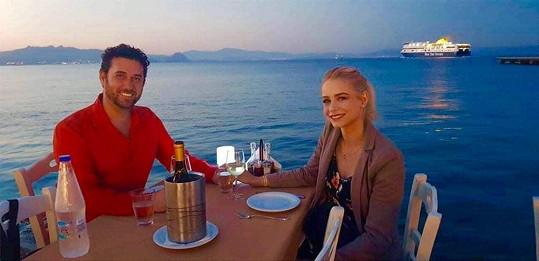 Domenico si užil předsvatební cestu se snoubenkou Nikolou v Řecku.