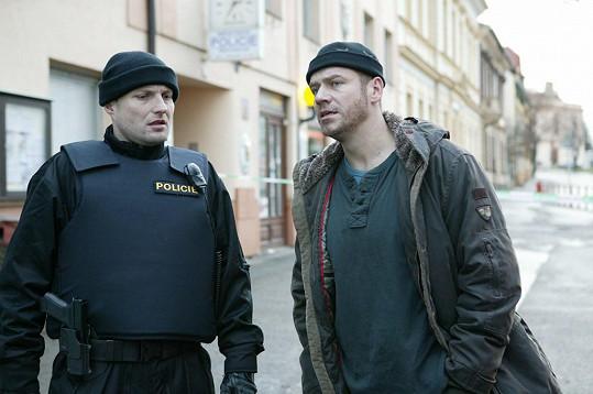 Filip Blažek hraje policajty rád.