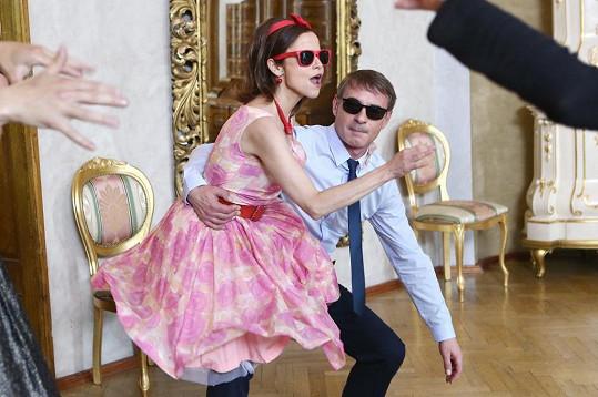 Mirka Pleštilová a Jan Dvořák při sólu