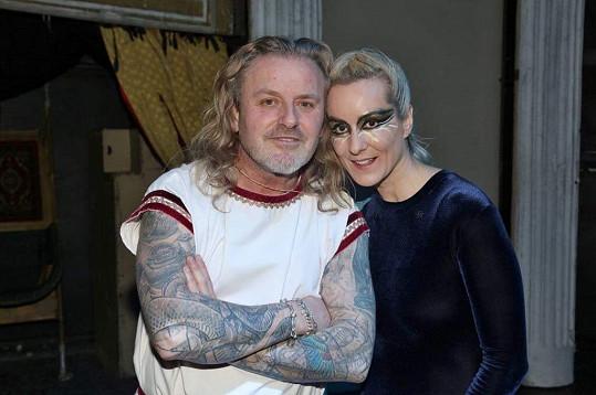 Manželé Vojtkovi si spolu zahráli po letech v představení Kleopatra.