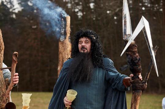 Petr Čtvrtníček jako Perun, bůh bouře