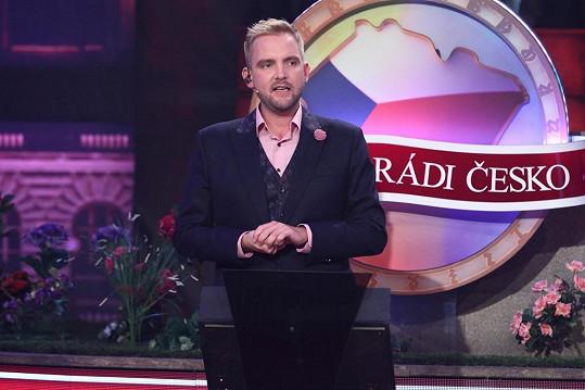 Máme rádi Česko moderuje Libor Bouček.