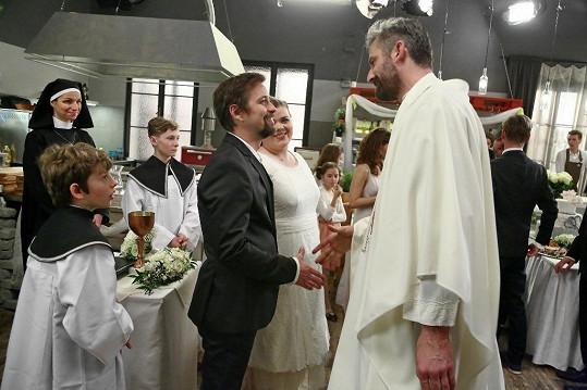 Seriálová svatba narychlo