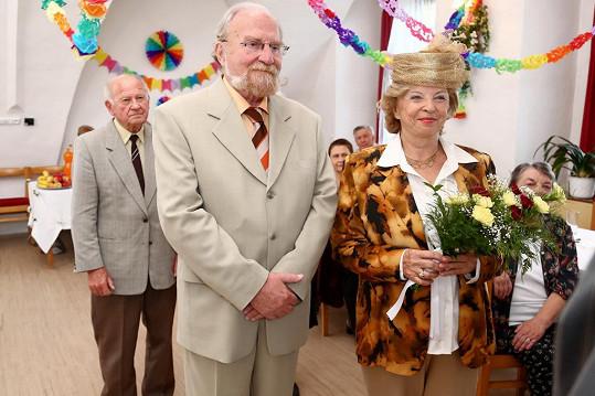 Veselka se konala netradičně v domě seniorů.