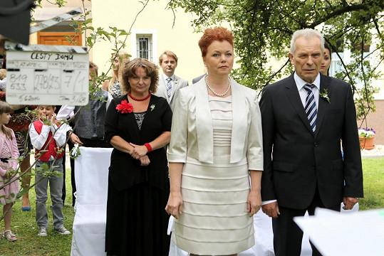 Jeho vyvolenou je paní Blanka (Jana Janěková)