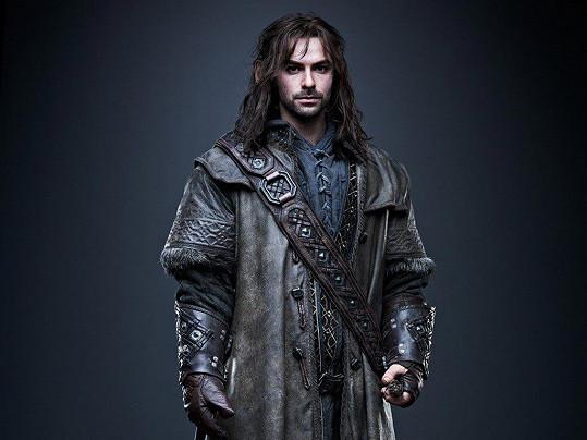 Aidan Turner jako trpaslík Kili v trilogii Hobit