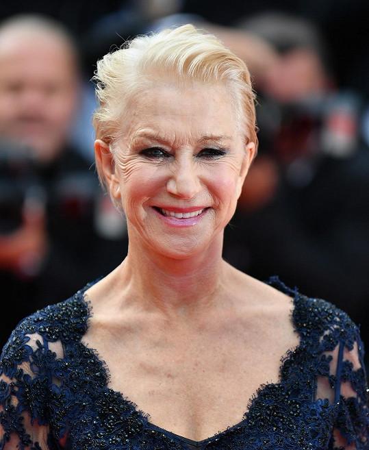 Helen Mirren se přišla podívat na snímek The Unknown Girl.