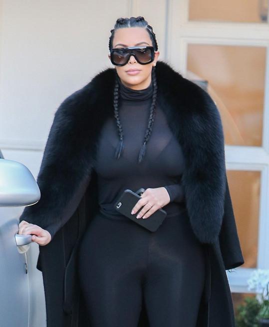Copy a legíny, obojí Kim razí po druhém porodu...