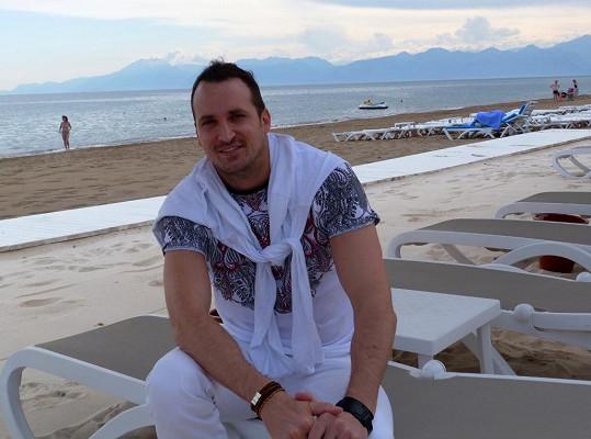 Radim Schwab je suverénně nejvyšším českým zpěvákem.