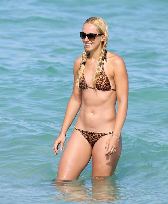 Sabine Lisická relaxuje v Miami.