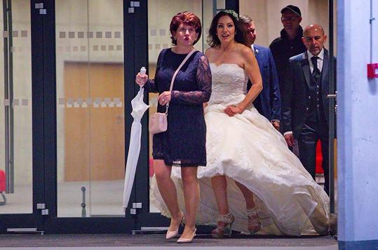 Katarína Hasprová je vdanou paní.