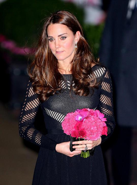 Vévodkyně Kate opět zazářila.