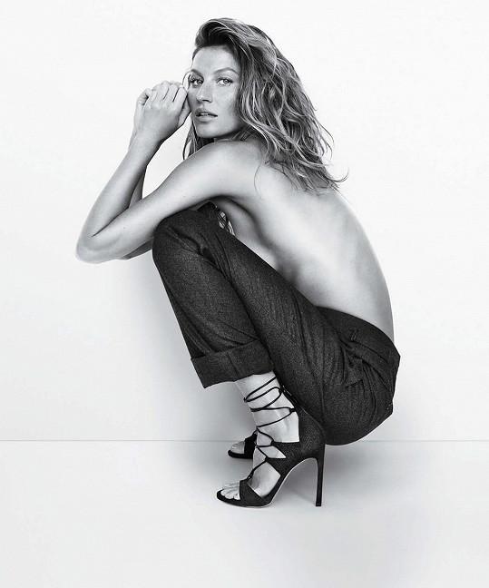 Brazilka pokračuje ve spolupráci s americkou obuvnickou značkou.