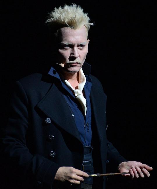 V roli Grindelwalda už se už Johnny Depp ve třetím díle Fantastických zvířat neobjeví.