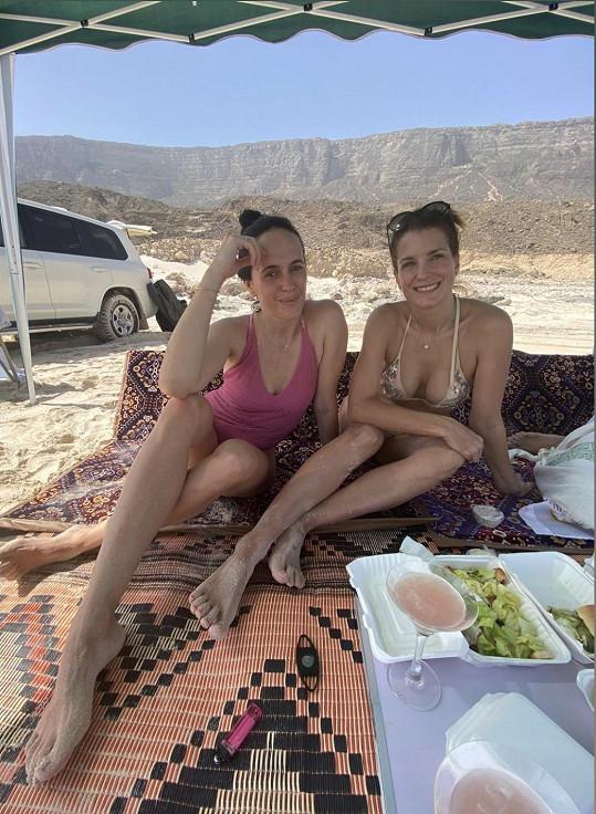 Eva má s kamarádkou Lucií Janotovou blog Bobovibe.