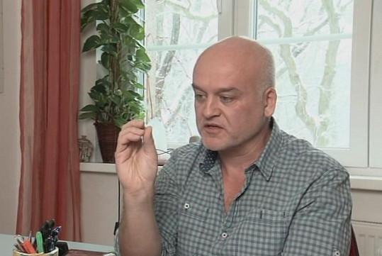 Nový přítel Květoslav zpěvačce moc pomohl.