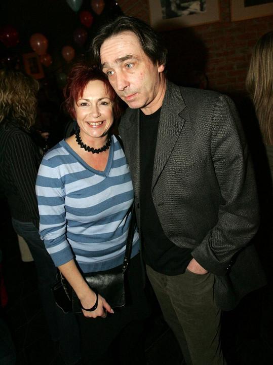 V roce 2006 se svým seriálovým manželem Oldou Farským (Ondřej Pavelka)