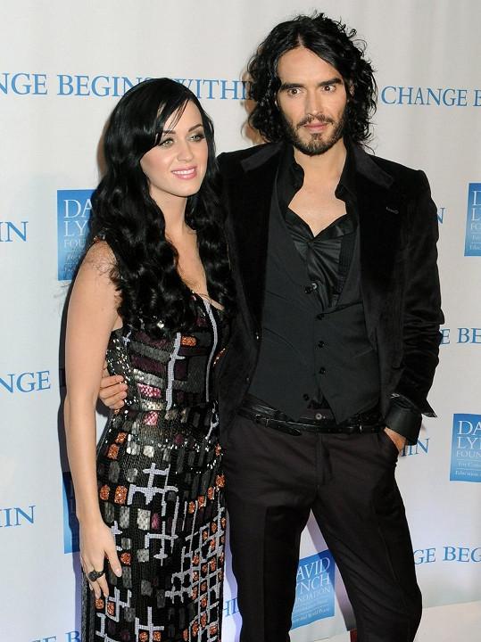 Manželství Katy a Russella vydrželo necelé dva roky.