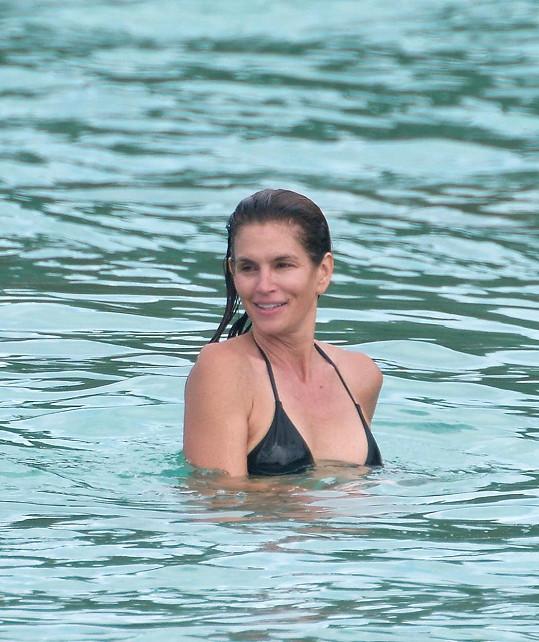 Cindy vyrazila oslavit narozeniny na ostrov Svatý Bartoloměj.