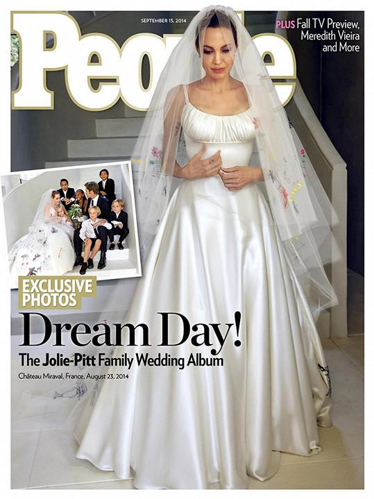 Angelina konečně oblékla svatební šaty.