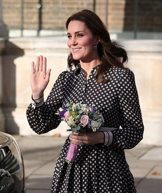 Kate v dubnu porodí další miminko.