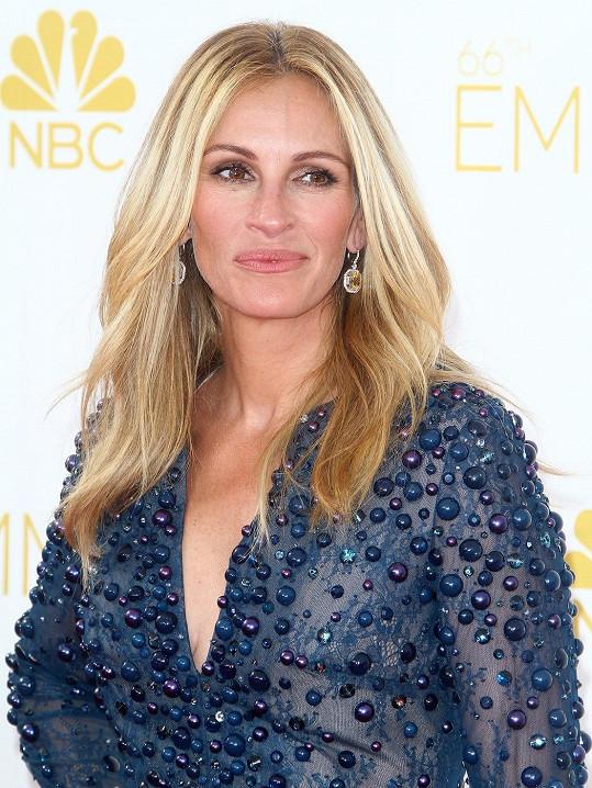 Julia nominaci na Emmy za film Stejná srdce neproměnila.